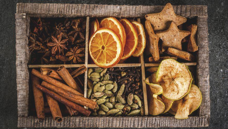 Mirisni  zimski začini - klinčić, anis i cimet