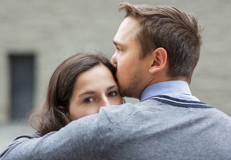 ljubav, zaljubljeni par, tuga, veza na daljinu