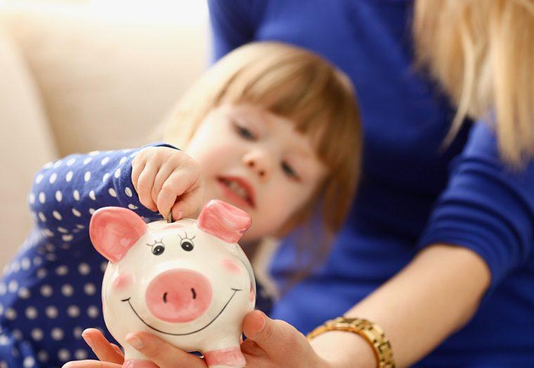 Je li dobro djecu nagrađivati novcem