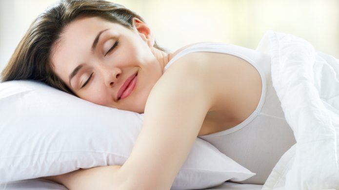 Zašto je ženama dulje spavanje potrebnije nego muškarcima?