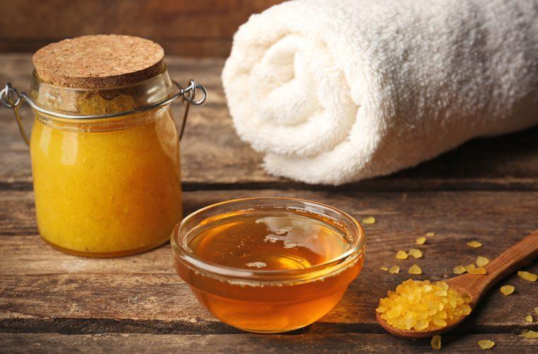 med kao slatka terapija - masaža medom