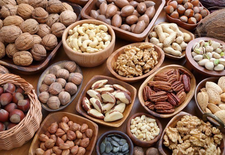 orašasti plodovi - lješnjaci, bademi, orasi