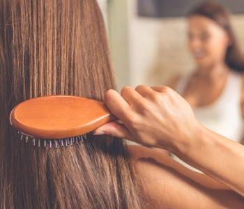 zdrava kosa zimi - kako da suhoća i perut nemaju šanse