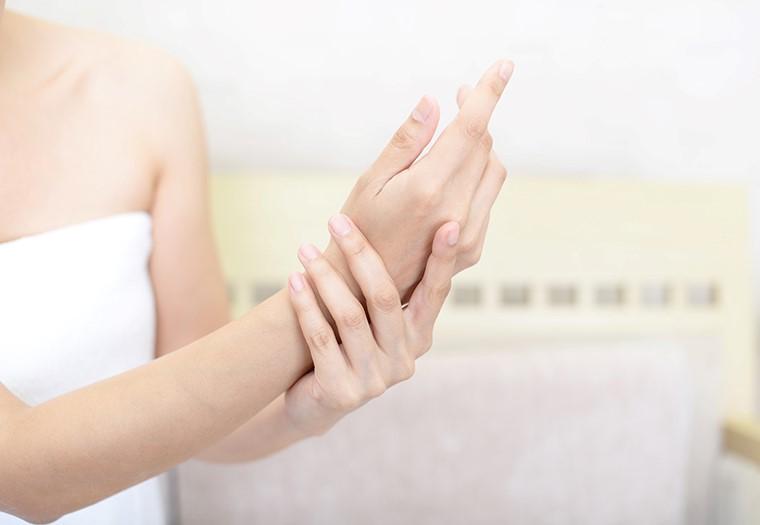 dishidroza_vrsta kožne bolesti
