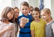 Mobiteli djeca tehnologija