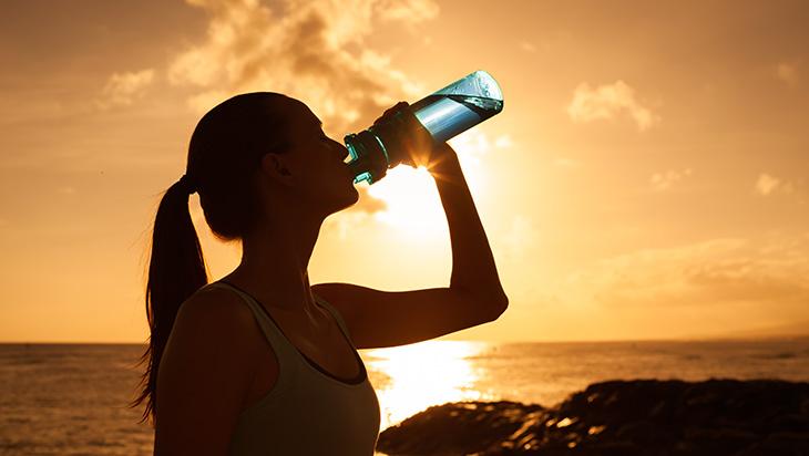 ljeto suncanica ubodi insekata dehidracija opekline od sunca trovanje hranom2