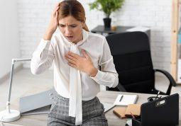 napad panike panicni poremecaj ili srcani udar