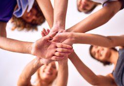prijateljstvo prijatelji ekipa obitelj podrška povezanost oslonac stres