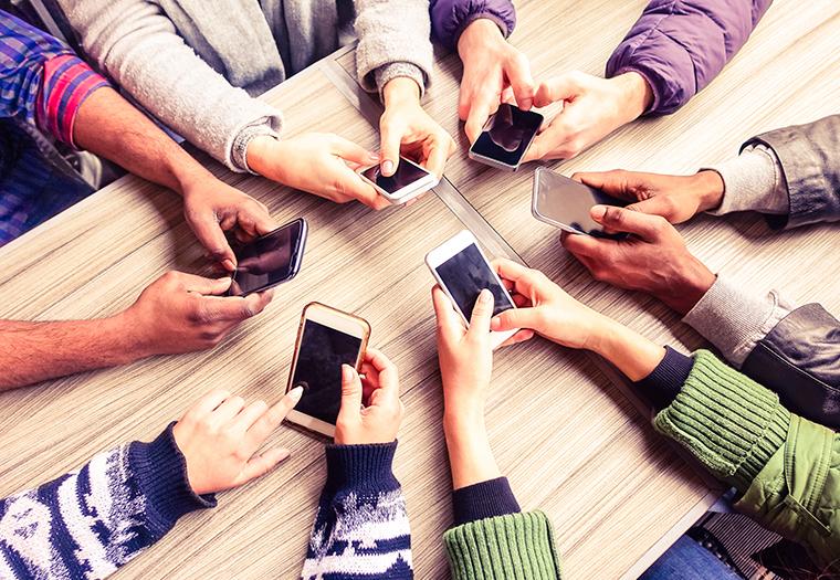 mobiteli ozljede deformacije prsti zglobovi stetni utjecaji mobitela