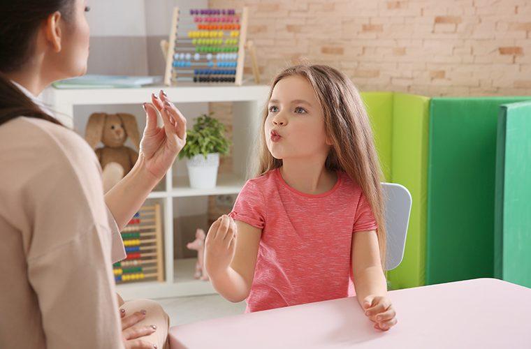 razvoj govora logoped djeca kasne s rijecima roditelji