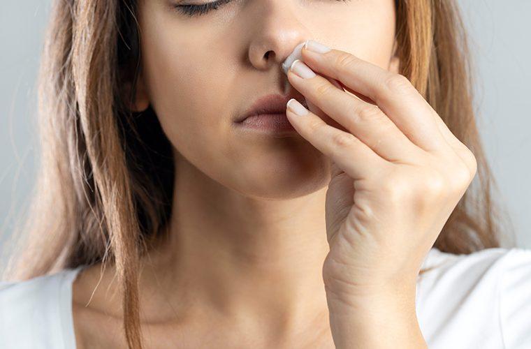 krvarenja iz nosa krv krvarenje uzroci terapija prevencija epistaksa