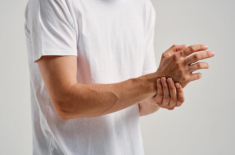 bolovi u saci i prstima zglobu osteoartritis zglobovima prstiju sake