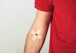 svjetski dan darivatelja krvi darivanje krvi hrvatski crveni kriz