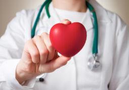 srce ostecenje srca koronavirus covid-19