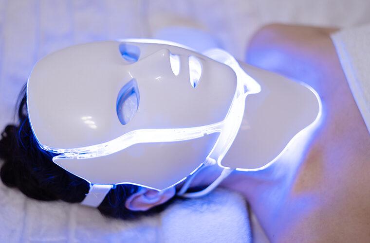led svjetlosne maske za lice njega koze akne